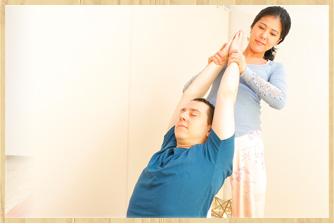Thai massage タイマッサージ